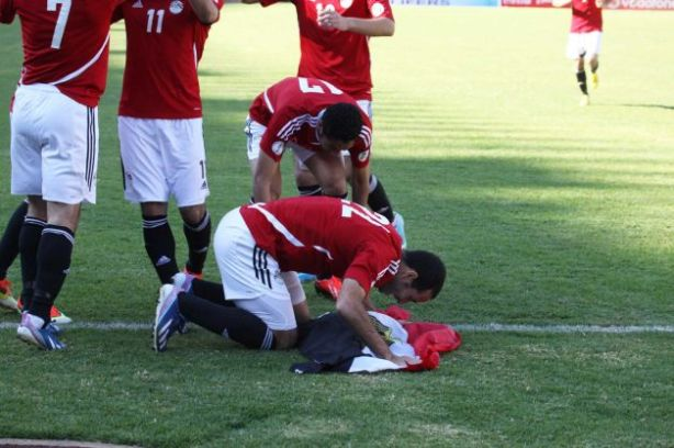 Egypt are on the brink of qualification after a 4-2 win over Zimbabwe.